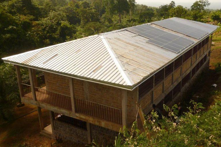 Studierende der OTH Regensburg sammeln Spenden für das Waisenhaus HOTPEC in Kamerun